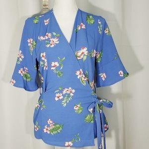 Ro & De Wrap Flutter Sleeve Blouse Blue Floral - L